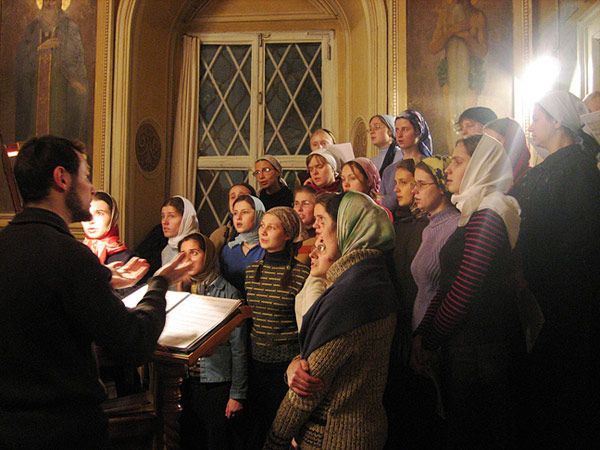 Молитва поют в церкви